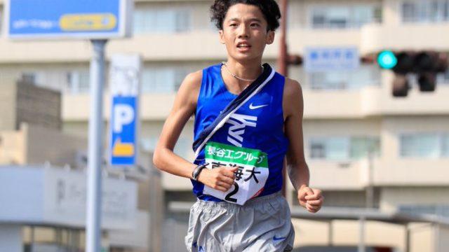 松尾淳之介選手(東海大)はNIKEのピンクシューズ(ヴェイパープラス)